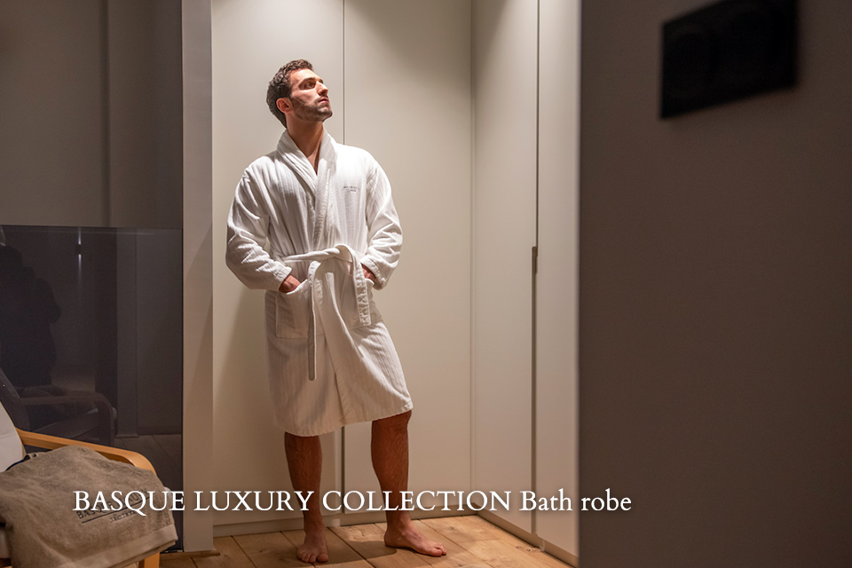 BASQUE LUXURY COLLECTION Bath robe
